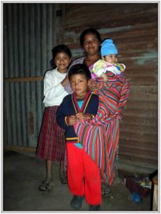 La famiglia di Yorleny Arali