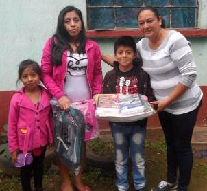 MANUEL Y SU FAMILIASAM_7051